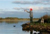 lake-purrumbete-fishing-hoses-rocks-5.jpg